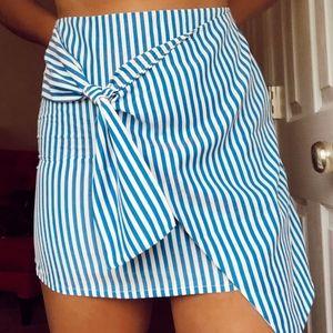 NWOT Trendy Striped Knot Asymmetrical Front Skirt